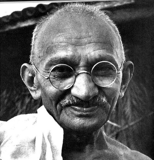 the early years in the life of mohandas gandhi The early life of gandhi is not depicted in the film instead, the story flashes back 55 years to a life-changing event: in 1893, the 23-year-old gandhi is thrown off a south african train for being an indian sitting in a first-class.